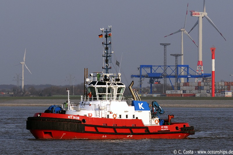 ...followed by Kotug's latest tug boat, the RT Rob.