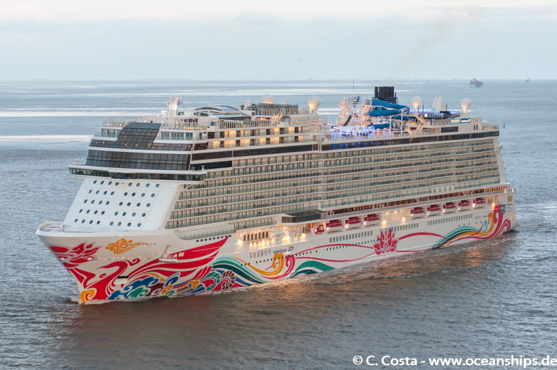 Norwegian Joy013