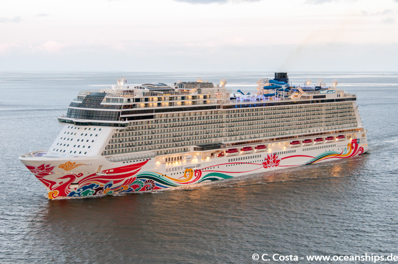 Norwegian Joy017